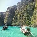 PhiPhi Island - panoramio.jpg