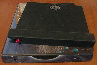 Pulse (Pink Floyd album) - Image: Pink Floyd Pulse Light Case