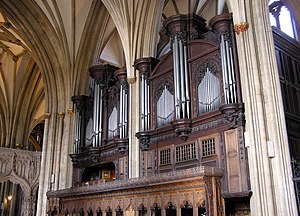 J. W. Walker & Sons Ltd - Image: Pipe.organ.bristol.a rp