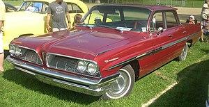 Pontiac Parisienne - 1961 Pontiac Parisienne sedan
