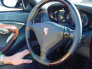 Porsche steering wheel 0429