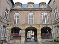 Portail interieur palais abbatial Gorze.jpg