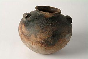 Naqada culture - Image: Pre dynastic Naqada cooking pot HARGM 9833