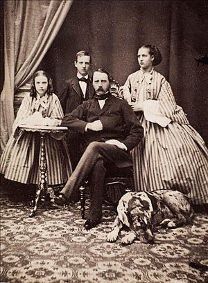 Maria Feodorovna (Dagmar of Denmark) - Princess Dagmar, Prince Vilhelm, Christian IX of Denmark and Princess Alexandra.