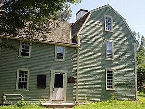 General Israel Putnam House - Image: Putnam House, Danvers, Massachusetts side view
