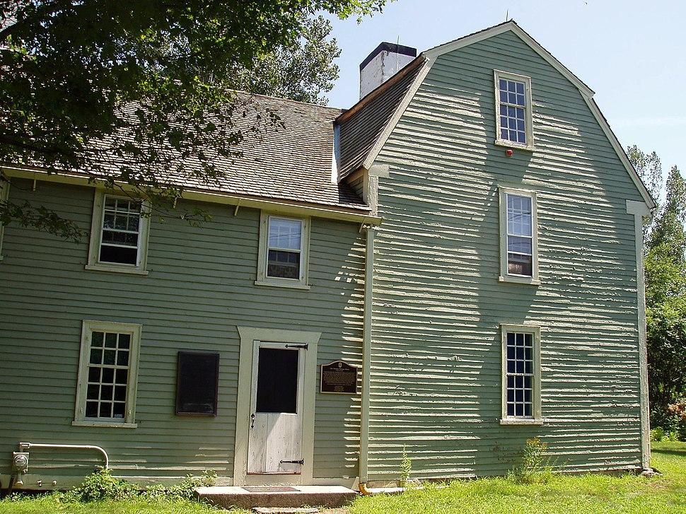 Putnam House, Danvers, Massachusetts - side view