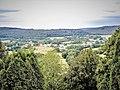 Rahon, vu de l'esplanade du château de Belvoir.jpg