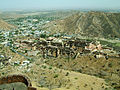 Rajasthan-Jaipur-Jaigarh-Fort-view-of-Amber-Fort-Apr-2004-00.JPG