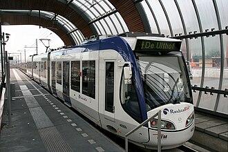 Leidschenveen RandstadRail station - Image: Randstadrail station Leidschenveen HTM rijtuig
