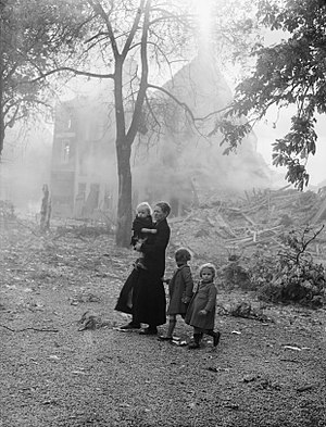 Aristides de Sousa Mendes - Refugees in Belgium, May 1940 F4499