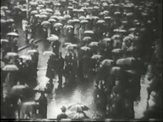 Joris Ivens - Still from film Regen (Rain, 1929) by Joris Ivens.