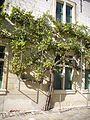Reims - ancien collège des Jésuites, cour (14).jpg