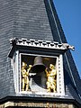 Ridderzaal in Den Haag. Klokkenspel en spuwers.jpg
