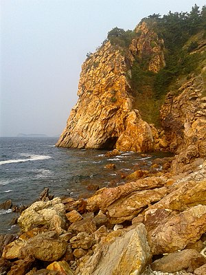 Yellow Sea - Rocky shore in Dalian, China