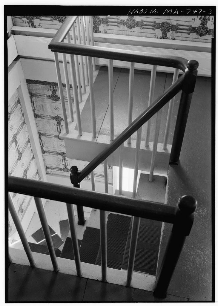 File Staircase Looking Down From Second Floor Daniel P