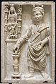 Sacerdote che sacrifica a cibele (archigallo), III sec, dalla necropoli di porta all'isola sacra.JPG