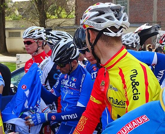 Saint-Amand-les-Eaux - Paris-Roubaix juniors, 12 avril 2015, départ (A50).JPG