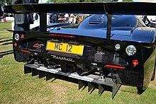 Il diffusore di una Maserati MC12.