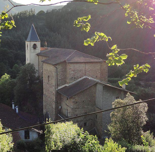 File:San Gregorio eliza - Ataun.jpg