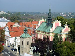 Sandomierz church 20051004 1103.jpg