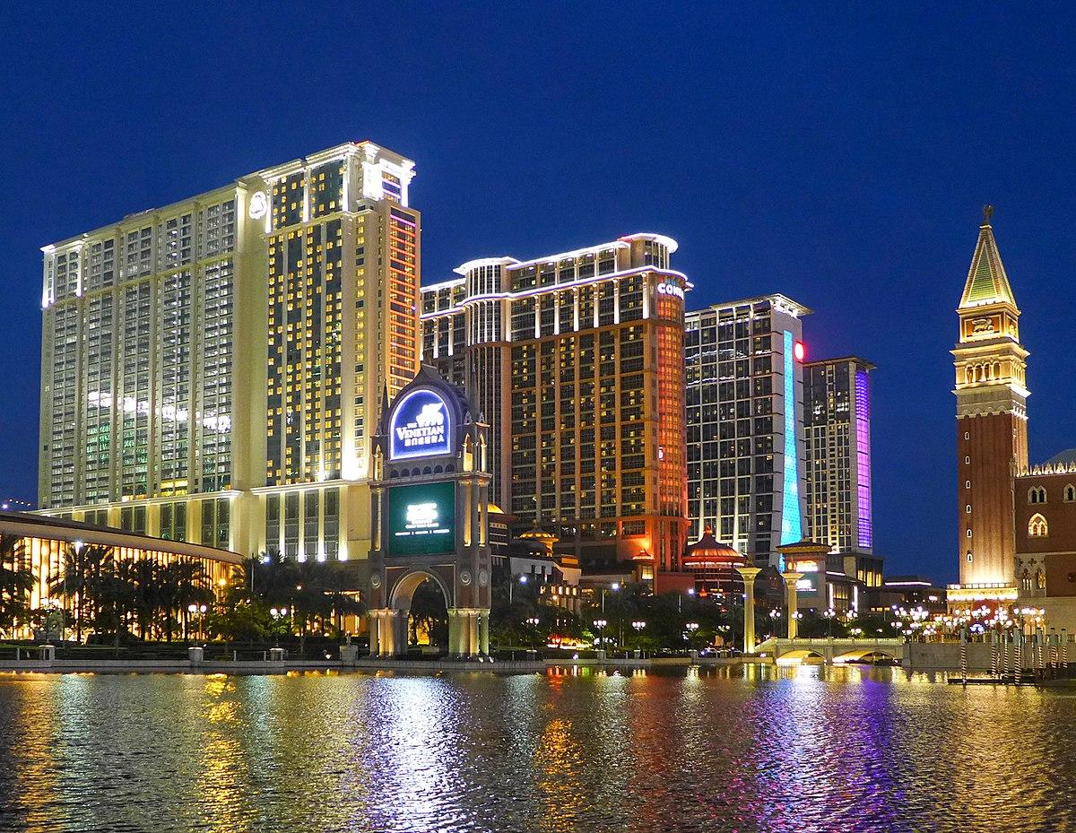 Sands Hotel Las Vegas Owner