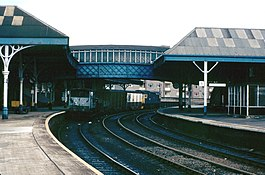Scotland Perth Station with Engineers train.jpg