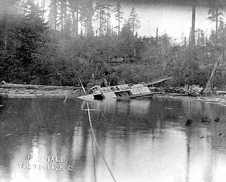 Sechelt (steamboat) - Sechelt sunk at Bowen Island, BC, November 1910