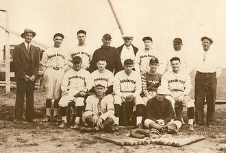 Shaunavon, Saskatchewan - Shaunavon baseball team in the 1930s