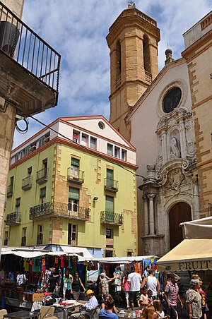 Weekly market on Main Square (Plaça Major) in ...