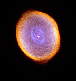 Spirograph Nebula - Hubble 1999.jpg