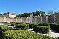 Square des Francine, Versailles 3.jpg