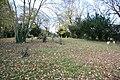 St.Margaret's churchyard - geograph.org.uk - 1055093.jpg