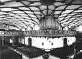 Stadtkirche Freudenstadt - Blick vom Altar auf beide Schiffe ca.1930 (RHW142).jpg