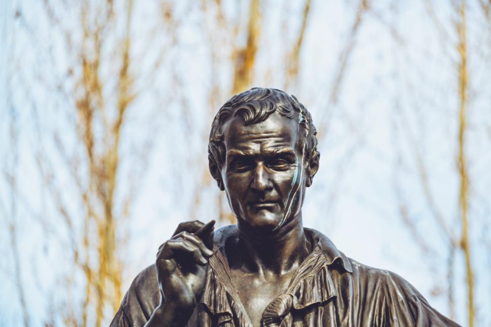 Statue of Jean-Jacques Rousseau on Île Rousseau, Geneva