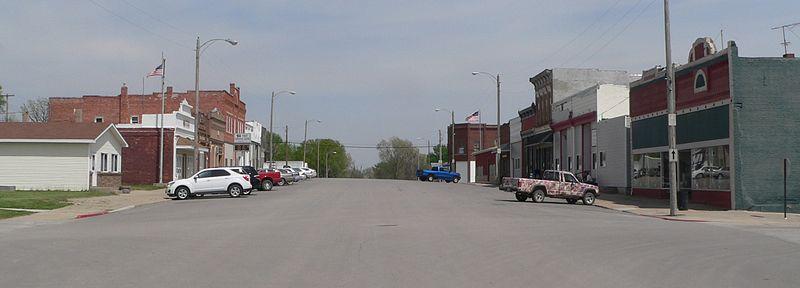 File:Sterling, Nebraska Broadway from Washington face E 1.JPG