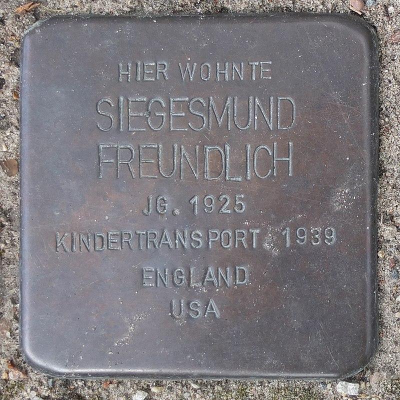 Stolperstein-Siegesmund-Freundlich-Angermünde.jpg
