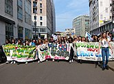 Students holding banners, School strikes for climate - Fridays For Future in Milan, Italy - 24 May, 2019-05-24.jpg