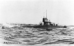 British E-class submarine - Image: Submarine e 1