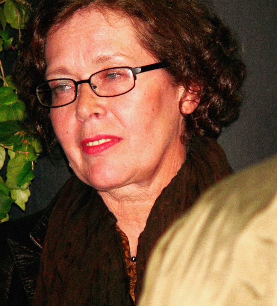 File:Sylvia Kristel.jpg - Wikimedia Commons