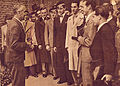 Szentgyorgyi Albert diakjaival 1937 okt 31 Pesti Naplo.jpg