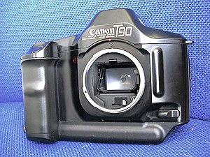 Canon T90 - Lens removed, showing mount, reflex mirror