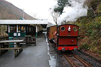 Talyllyn Railway train at Abergynolwyn station - geograph.org.uk - 1657343.jpg