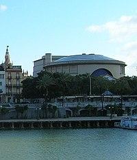 Teatro de la Maestranza, Guadalquivir.jpg