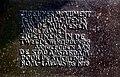 Tekst op het Zigeunermonument op het Museumplein.jpg