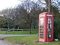 Telephone box, Woodsford - geograph.org.uk - 1180683.jpg