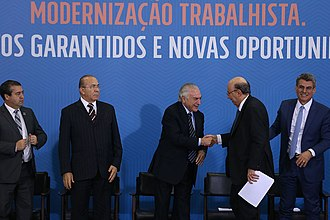 Brazil labor reform (2017) - Brazil's president Michel Temer with some ministers and congressmen during an event in which the labor reform was sanctioned (July 13, 2017)