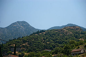 Mount Oeta - The ancient acropolis of Ypati