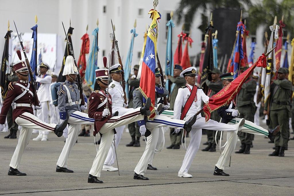 Toma de Posesión de Presidente de Venezuela, Nicolas Maduro. (46702012471).jpg