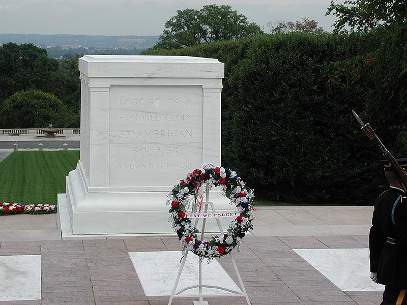 File:Tomb of the Unknowns.jpg