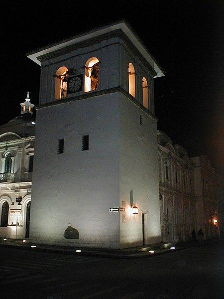 File:Torre del Reloj.jpg
